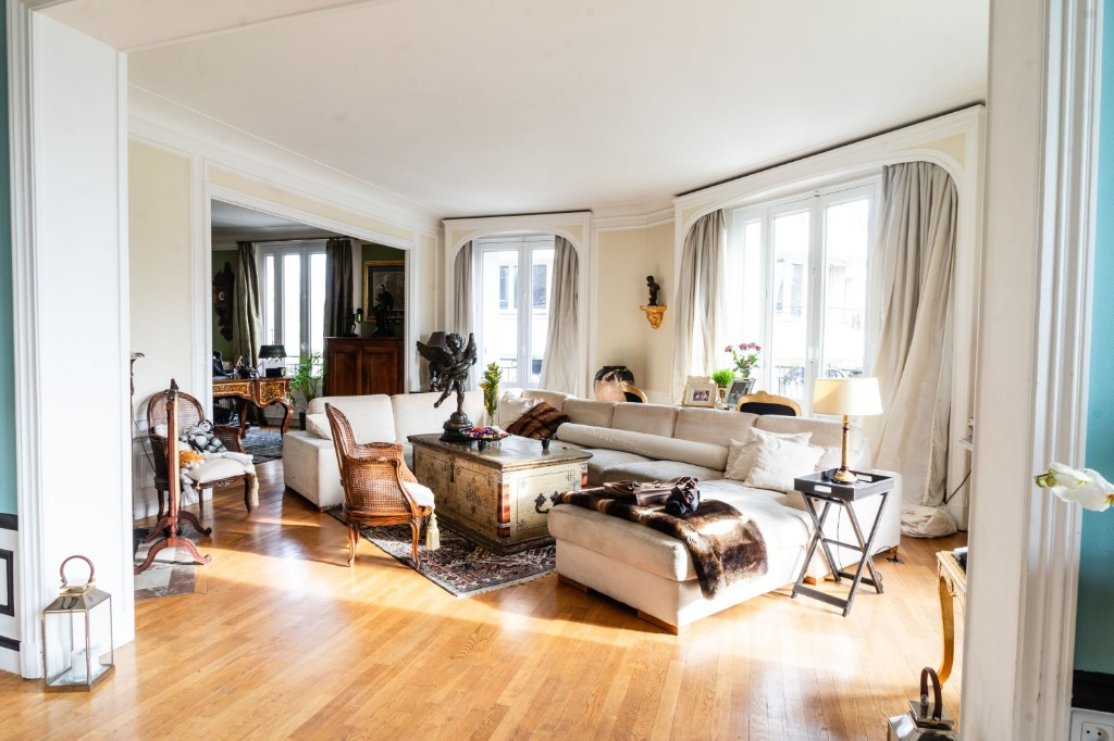 Vente appartement - Quartier prisé de Lille, appartement Haussmannien